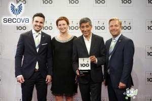 secova wurde erneut mit dem Preis TOP100 durch Wissenschaftler Ranga Yogeshwar geehrt. Das ist für secova bereits die zweite Auszeichnung als TOP Innovator des deutschen Mittelstandes nach 2012. (v.l. Nicolas Lulay, Melanie Klaas, Ranga Yogeshwar, Jörg Klaas)